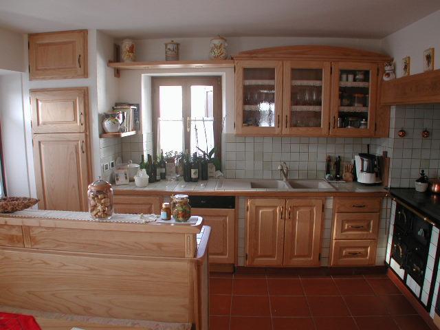 Cucine moderne e tradizionali realizzate dalla Legnostile